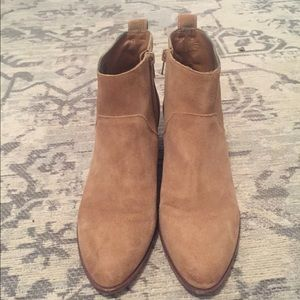 Sole society boots size 8